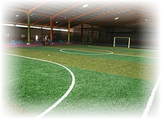 Baja Ringan Untuk Lapangan Futsal