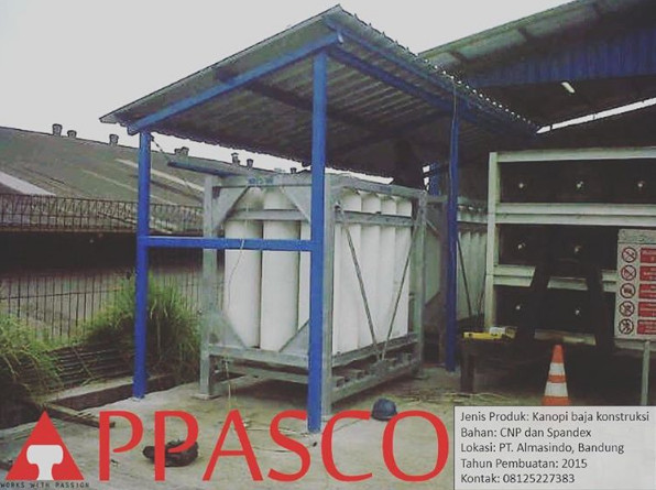 Kanopi Konstruksi Besi di Kawasan Industri di Bandung