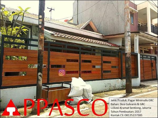 Pagar Minimalis GRC Motif Kayu di Karamat Sentiong Jakarta