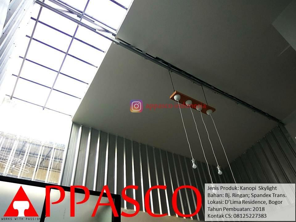Kanopi Minimalis Transparan Skylight Atap Belakang Rumah di D'lima Residence Bogor