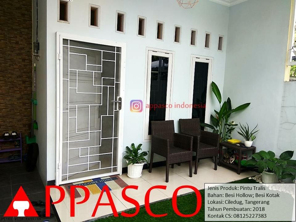 Pintu Teralis Besi Minimalis di Ciledug Tangerang